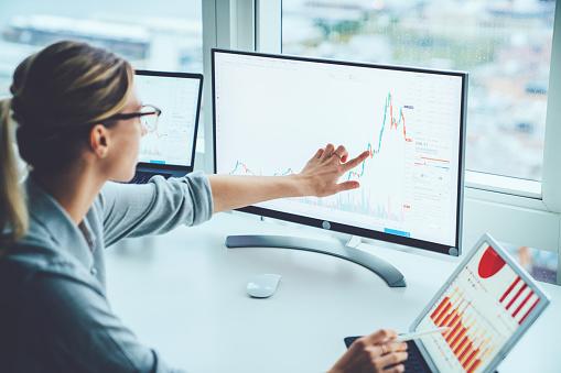 Quelques conseils pratiques à connaitre avant d'investir en bourse.