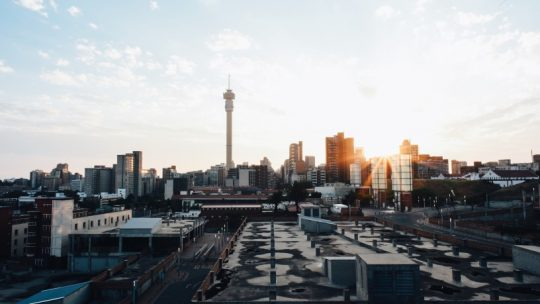 Voyager en Afrique du Sud : comment gérer votre argent au mieux ?
